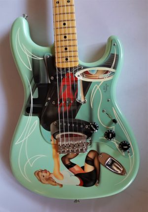 Fender Custom Shop Limited Edition Hot Rod Pin Up Stratocaster
