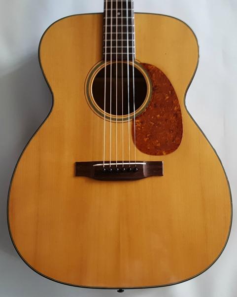 """Martin 000-18 1957 Excellent Plus """"Closet Guitar"""""""