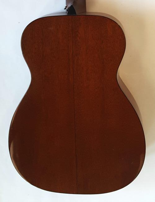 Martin 000-18V 2010