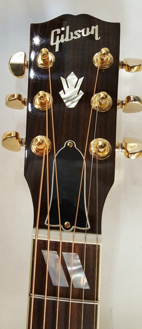 Gibson Songwriter DLX EC Studio 2016